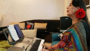 Doordarshan News Anchor Salma Sultan Speak About Sarees In Delhi - Sakshi