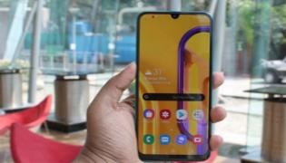 Samsung Galaxy M30s with 48MP rear camera launched in India - Sakshi