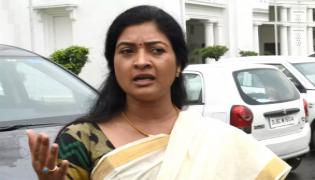 AAP Rebel Leader Alka Lamba disqualified as MLA - Sakshi