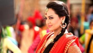 Sonakshi Sinha trolled for not knowing Ramayana - Sakshi