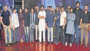 chiranjeevi speech sye raa narasimha reddy pre release event - Sakshi