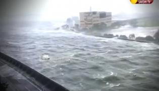 Japan Typhoon Destroys Several Houses