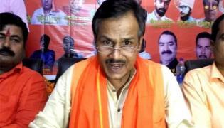 Hindu Samaj Party leader Kamlesh Tiwari killed in lucknow - Sakshi
