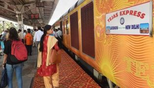 IRCTC Give Compensation To Late Of Tejas Private Train - Sakshi
