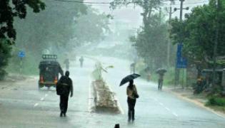 Heavy rains in Telugu states - Sakshi