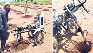 Kurnool Farmers Develop To Bike Cum Drilling Machine - Sakshi