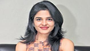 maganti harshitha chowdary interview tholu bommalata - Sakshi