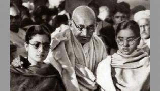 Gandhi Died by Accident: Odisha Government Booklet - Sakshi