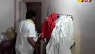 RTC strike: Rajired Reddy Protest Breakdown- Sakshi