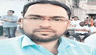 Govt School Head Master Commits Suicide In Zaheerabad Lodge - Sakshi
