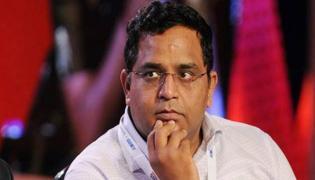 Paytm founder Vi Shekhar Sharma steps down as Paytm Financial Services director - Sakshi