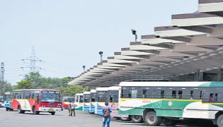 Government Buses Count Came Down In TSRTC - Sakshi