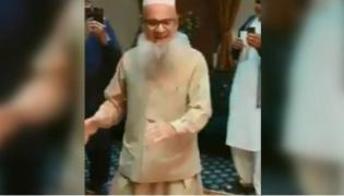 Elderly Man Dance On Ghar Aaya Mera Pardesi Song - Sakshi