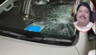 BJP MP Arjun Singh Car Attacked With Bricks In West Bengal Protesters - Sakshi