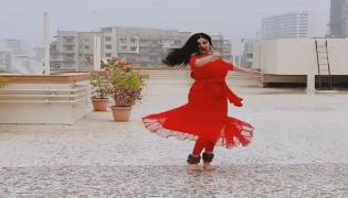 Adah Sharma Wishes Merry Christmas With Her Classical Dance