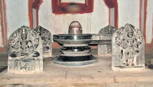 Special Story On Gods Statues - Sakshi