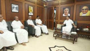 Tamil Nadu Congress Leaders Meet DMK President Stalin - Sakshi