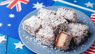 Woman Dies In Cake Eating Contest In Australia - Sakshi