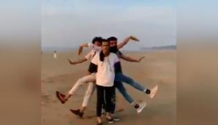 Viral Video Of Group Dance - Sakshi