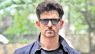 Karan Johar to make a biopic on Sourav Ganguly life - Sakshi