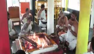 Yagam Conducted By Vishakha Saradapetham For 11 Days