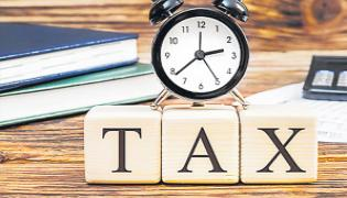 TS Government Took Decision Not To Increase Property Tax Due To Lockdown - Sakshi