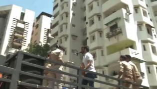 Corona Lockdown Singer Live Performance Inside Ahmedabad Gated Colony - Sakshi