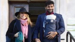 Coronavirus Purab Kohli Family Test Positive He Says Still Recovering - Sakshi