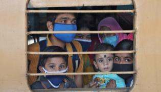 No Food And Water Aboard Shramik Special Trains - Sakshi