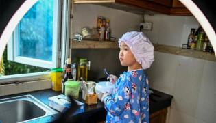 8 Year Old Myanmar Chef Become Famous During Lock Down   - Sakshi