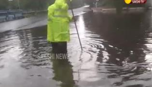 Heavy Rain Hits Several Places in Hyderabad