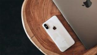 iPhone 13 May Come With Upgrade Version - Sakshi