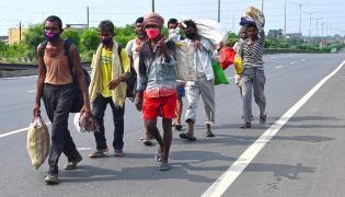 Bihar ADG in controversial letter On Migrants - Sakshi