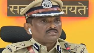 Police Arrested Other 4 Members In Vijayawada Gang War Case - Sakshi