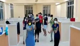 Viral Video Corona Patients Flash Mob At Care Center In Karnataka