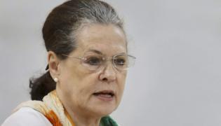 Sonia Gandhi Writes To PM Over NEET Quota - Sakshi