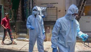 Mumbai Surpasses China In Coronavirus Deaths And Cases - Sakshi