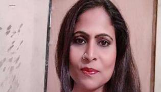 Bhojpuri actress Anupama Pathak commits suicide in Mumbai - Sakshi