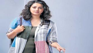 Change Is Needed Says Heroine Anushka - Sakshi