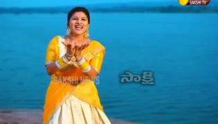 Exclusive Song By Singer Mangli On Bathukamma