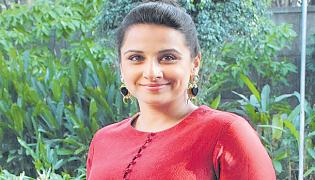Vidya Balan Resumes Shoot For Sherni in Madhya Pradesh - Sakshi