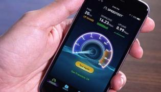 India Ranks Lower Than Iraq In Mobile Internet Speed - Sakshi