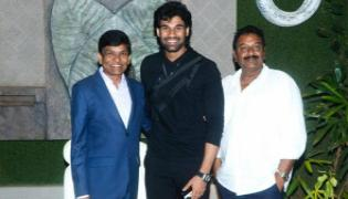 Bellamkonda Sai Srinivas Act In Hindi Remake Of Prabhas Chatrapathi - Sakshi