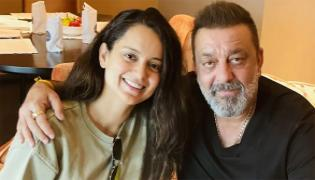 Kangana Meets Sanjay Dutt In Hyderabad, Shares Latest Pic! - Sakshi