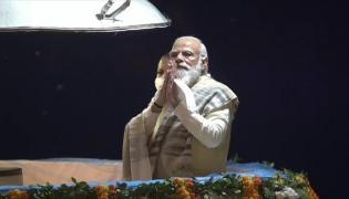 PM Modi Attends Dev Deepawali Programme At Varanasi - Sakshi