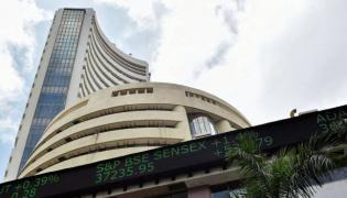 Market ends flat- PSU Banks jumps - Sakshi