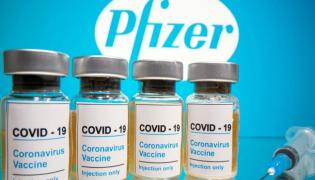 Covid 19: Britain Grants Emergency Permission To Pfizer Pharma Vaccine - Sakshi