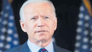 Joe Biden to Ask Americans to Wear Masks for 100 Days - Sakshi