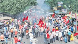Farmer leaders call for Bharat Bandh on 8 Dec - Sakshi