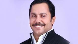 Bjp Councillor Arrested By CBI Over Bribe And Bjp Suspends Him - Sakshi